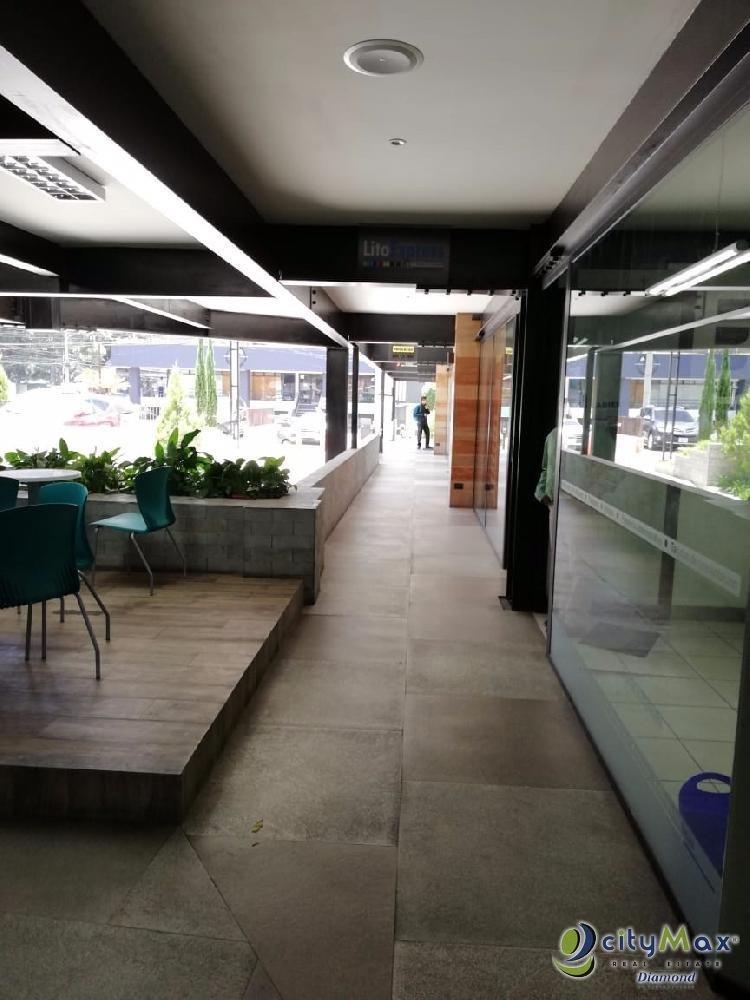 Renta local comercial zona 10 en Plaza de Conveniencia