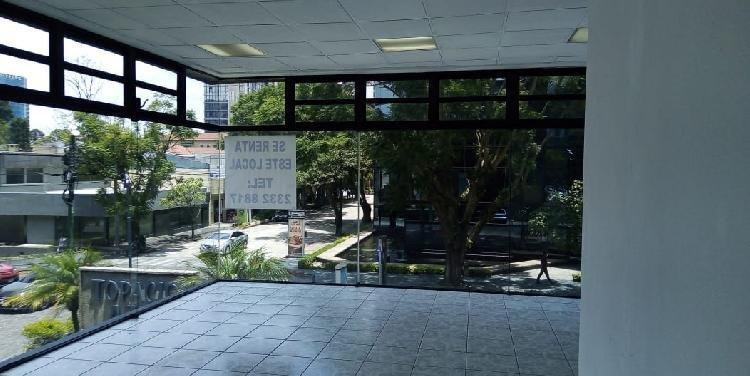 Renta de Oficina o Local con ventanal comercal en z. 10