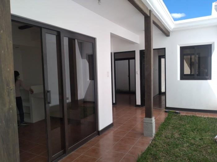 CityMax Antigua Renta Casa Nueva en Barrio Las Campanas