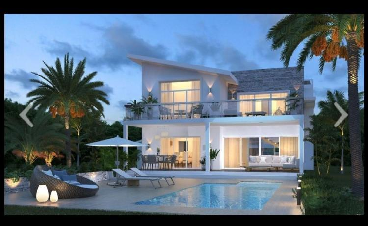 Vendo Lujosa Villa en Cap Cana