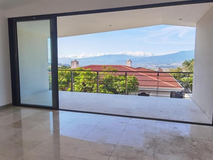 Venta de casa en San Antonio Escazú en Condominio 3 hab