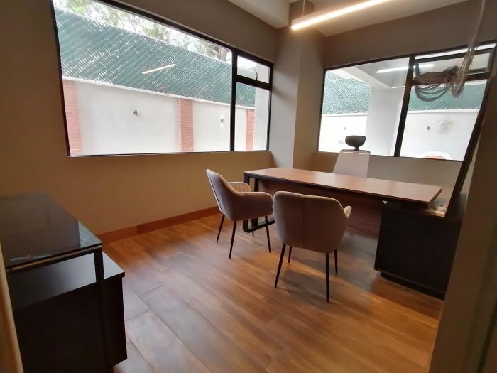 Apartamento Renta o Venta en Zona 10 cerca La Estacion
