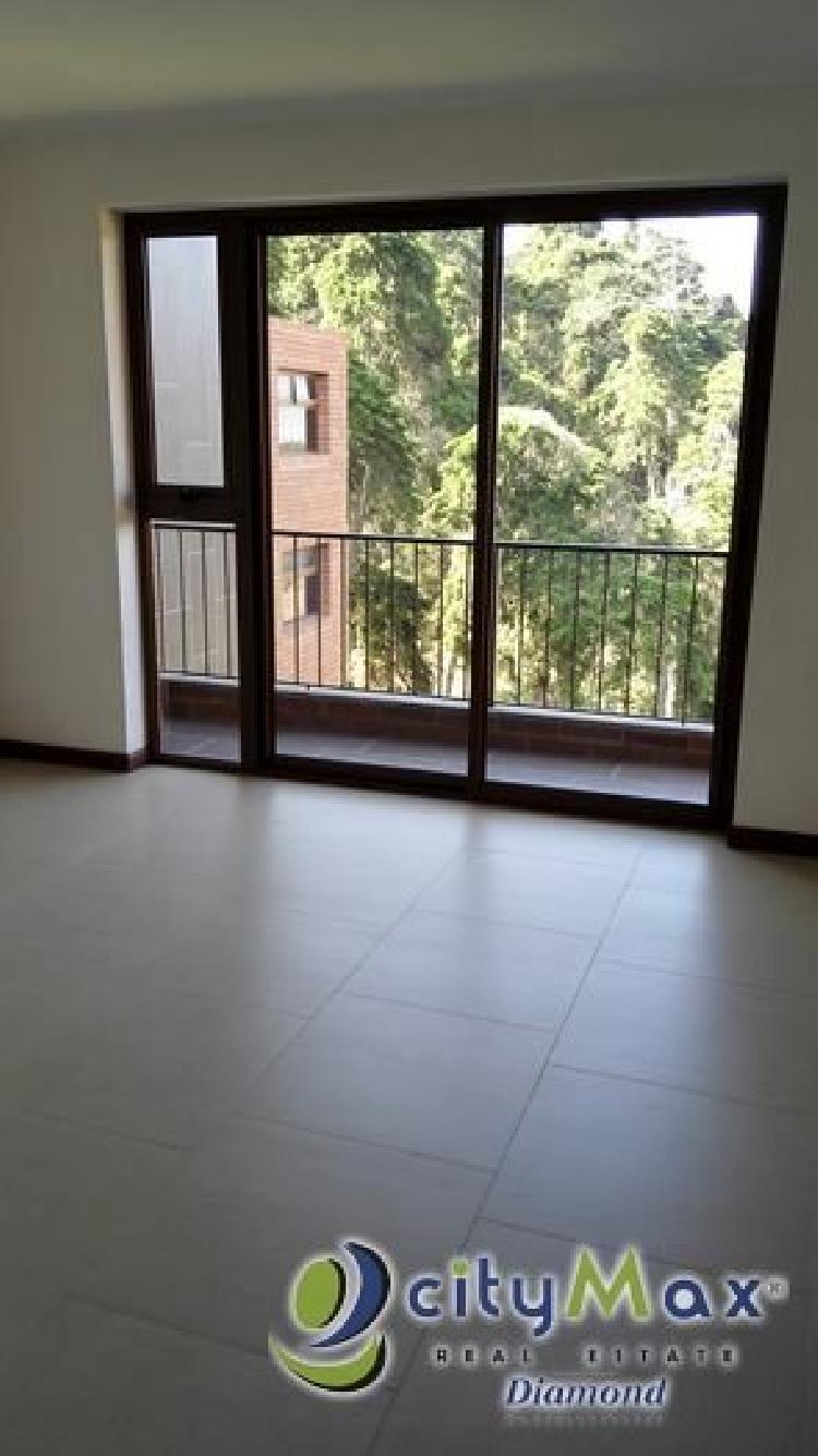 Rento apartamento en Colonia La Montaña z. 16