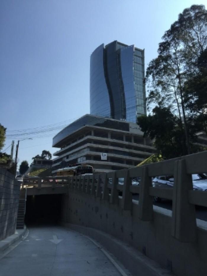 Oficina en Renta 104 mt2 Carretera a El Salvador