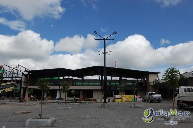 Local en Renta dentro de Plaza Real Chimaltenango