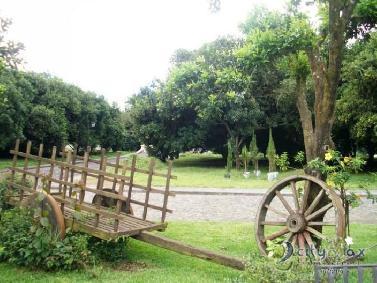 Lote en Hacienda del Comendador vende CityMax Antigua