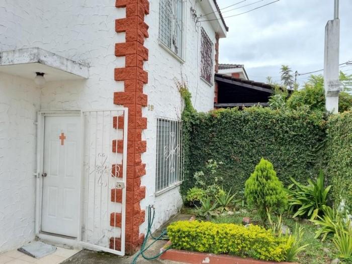 Casa en Venta Residenciales Valles de Maria Villa Nueva