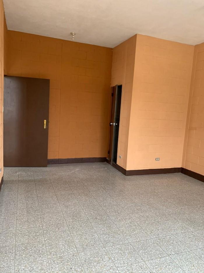 Oficina en renta en edificio de zona 5 Guatemala