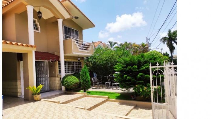 Vendo Casa en Villa Marina