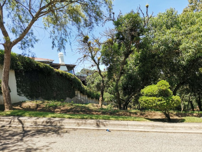 Vendo Terreno en Exclusivo condominio Carr. a El Salv.