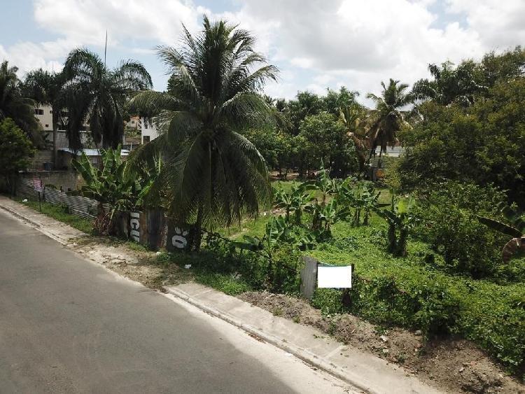 Vendo Solar Residencial en Arroyo Hondo 1,388 Mt2