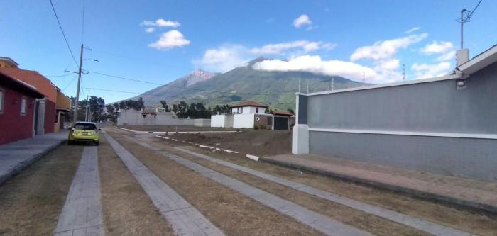 Terreno en venta en condominio en San Miguel Dueñas