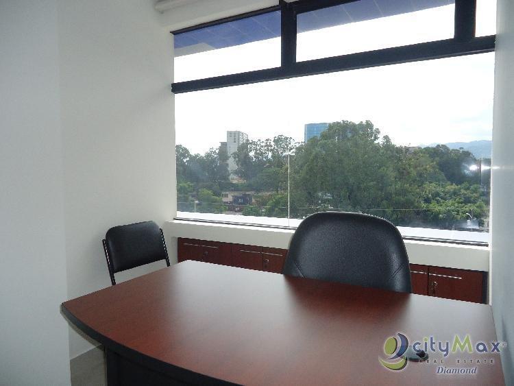 EN ALQUILER Oficina con 6.00m2 en Zona 10 amueblada