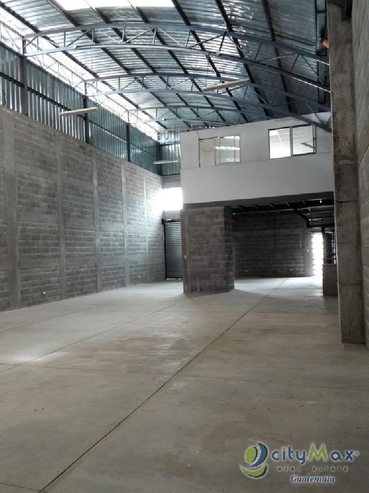 Alquilo Bodega de 250 m2 en Zona 4 de Mixco en complejo