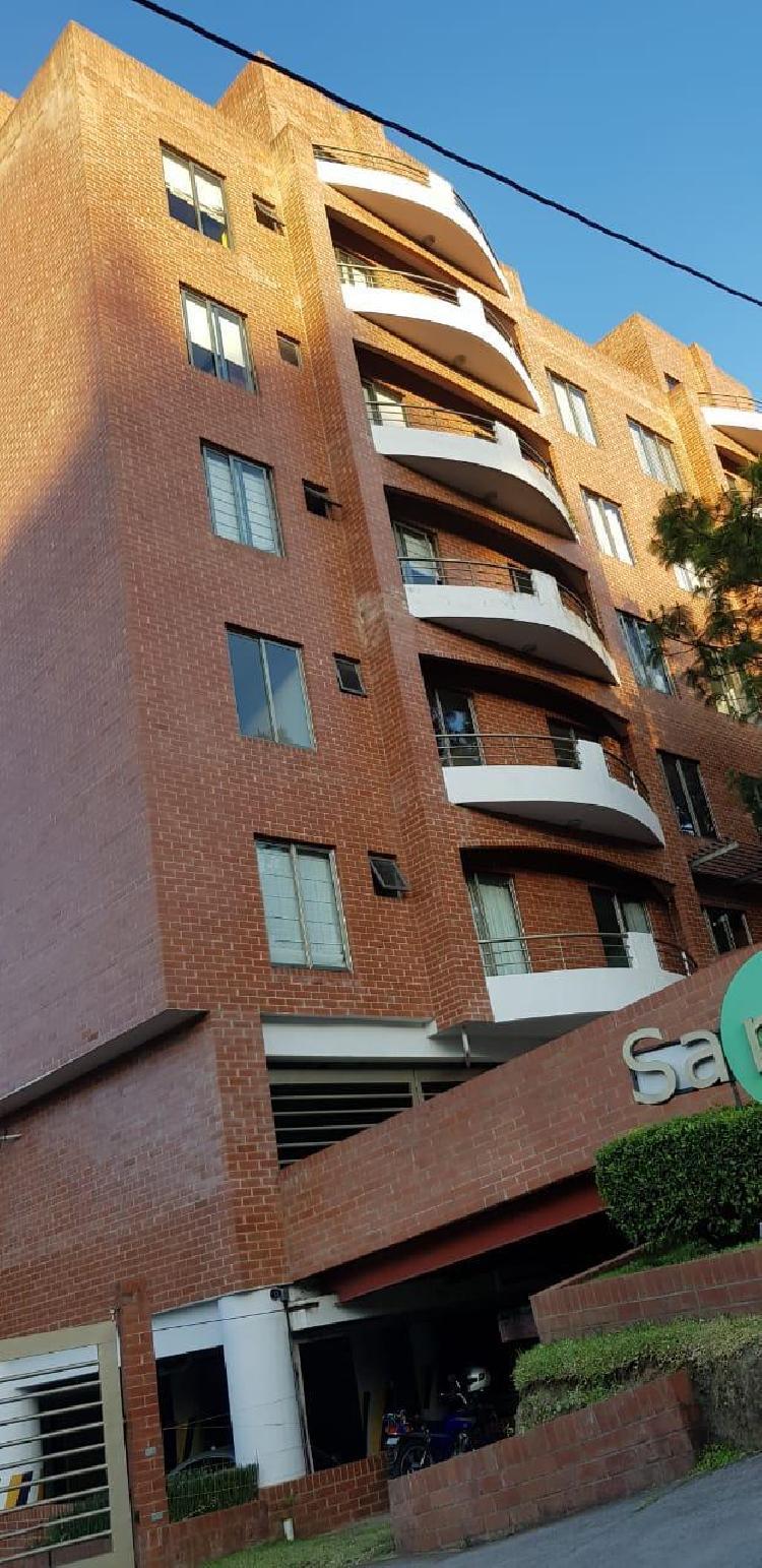 Lindo Apartamento en Renta Zona 16 3 Dormitorios