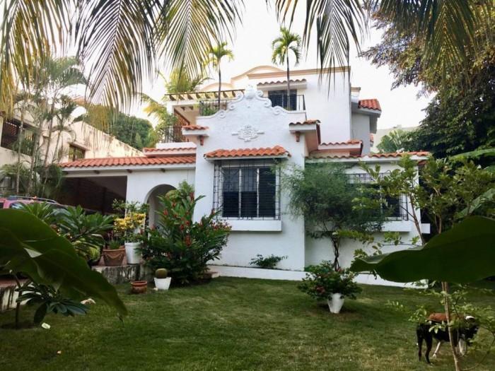 Amplia Casa en alquiler en Gazcue Distrito Nacional