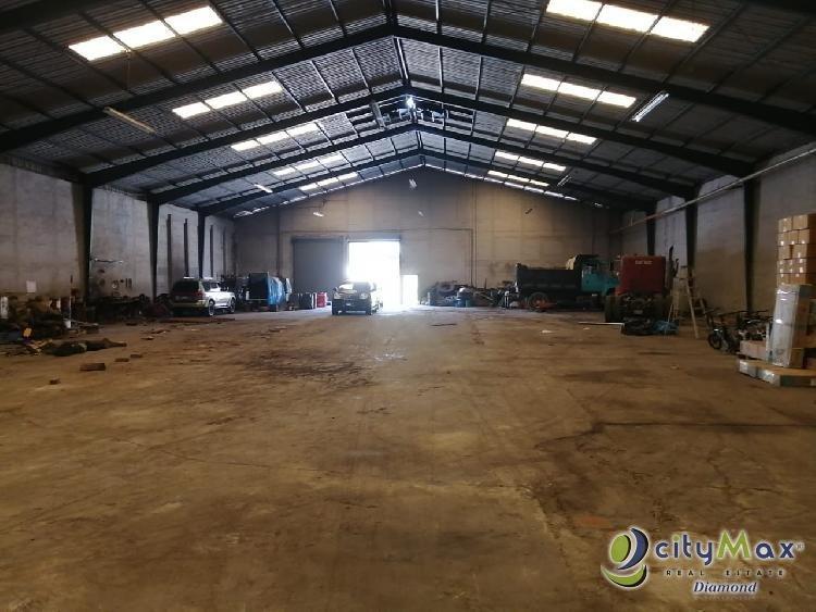 Bodega Industrial en Renta en Zona 12