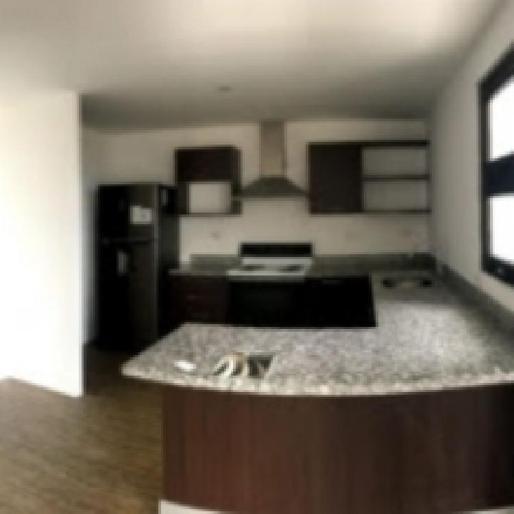 Apartamento en Venta Zona 15 Cerca Colegio Valle Verde