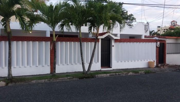 CASA EN VENTA EN SANTO DOMINGO, REPUBLICA DOMINICANA