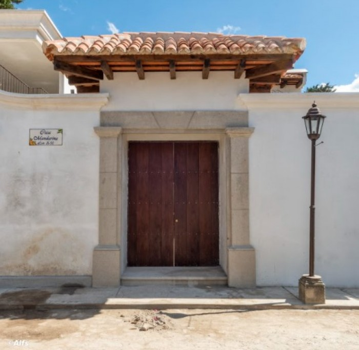 CASA EN VENTA-Antigua Guatemala