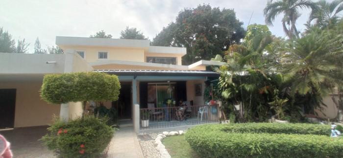 Casa en Arroyo hondo Viejo Residencial Cerrado