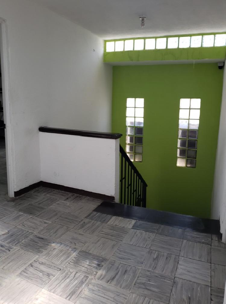 Rento casa ideal para oficinas en zona 10