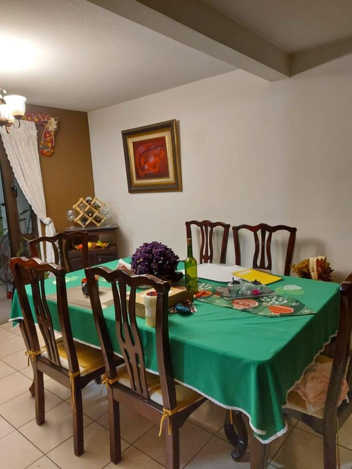 Casa en renta dentro de condominio en San Cristóbal