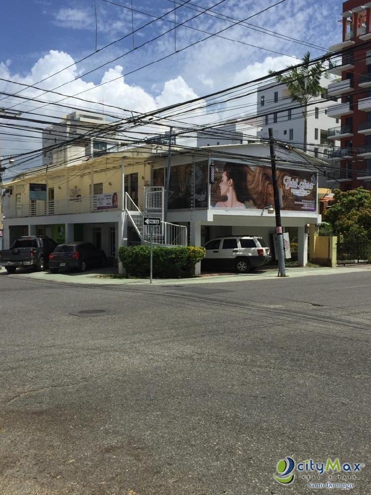 Local Comercial En Alquiler en plaza Evaristo morales