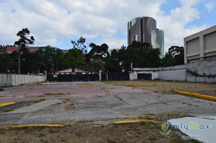 Terreno comercial en Avenida Reforma Zona 9, $1,850 vr2