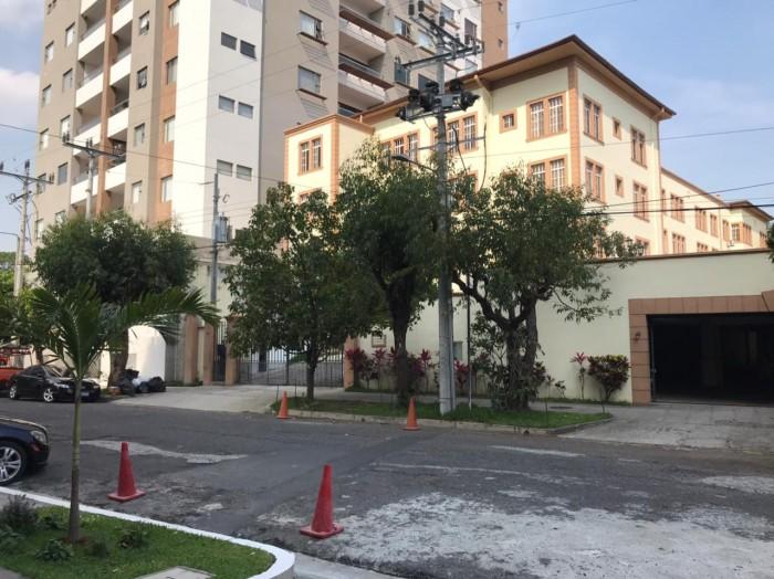 VENDO apartamento amueblado en San Benito