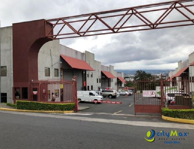 Alquilo OFI BODEGA en Guachipelín Escazú por Multiplaza