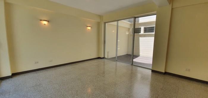 Apartamento con jardin en Alquiler 2 habitaciones Z. 15
