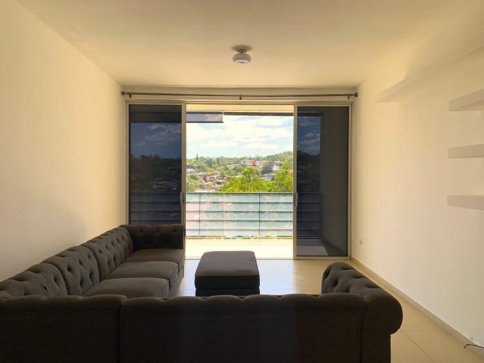 Escalón, parte media, apartamento en venta.