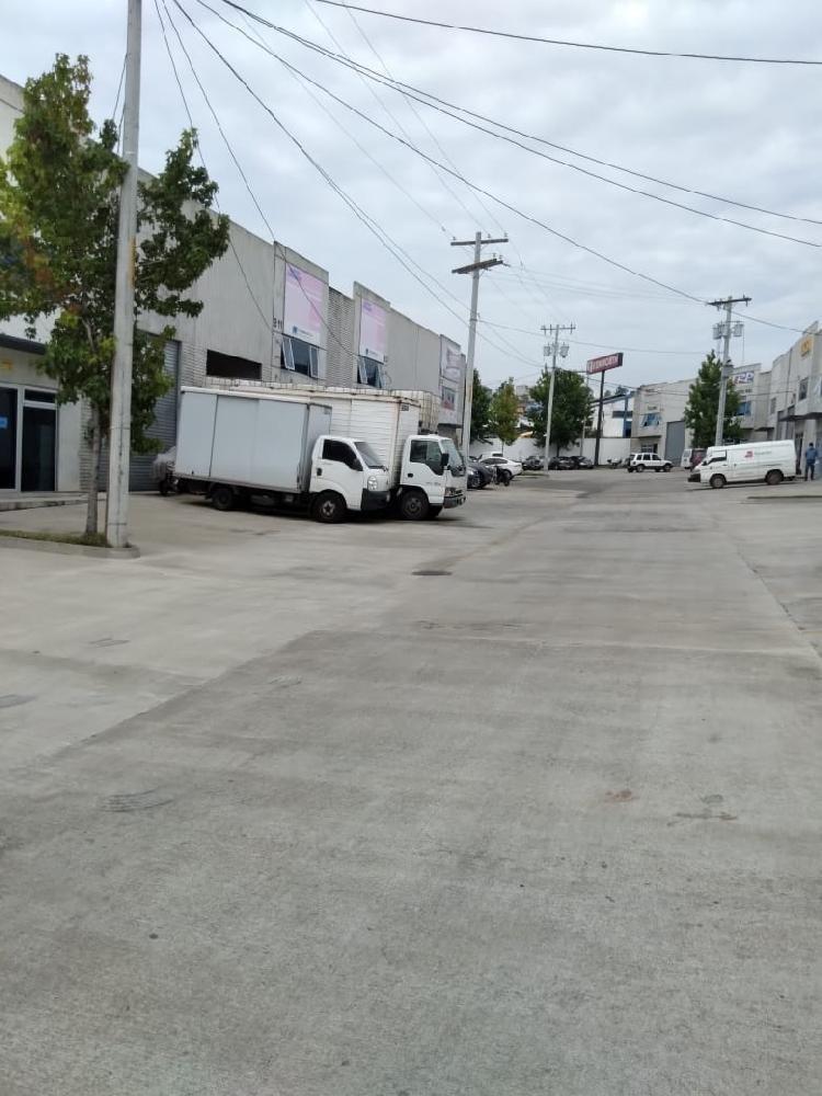 Bodega en Renta En Carretera Al Atlántico Guatemala.