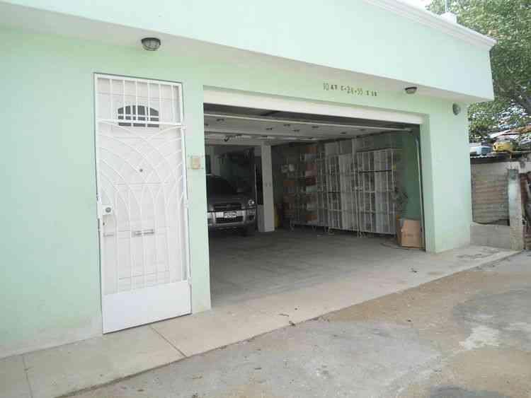 Vendo Casa con 185.00m2 en Zona 16 PVC-055-06-16
