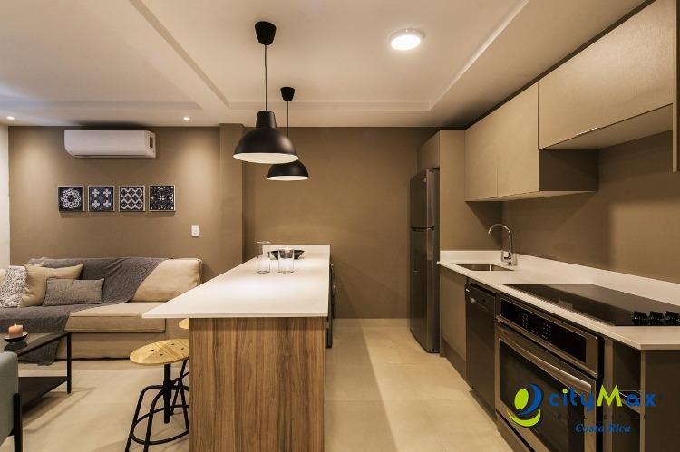 Se vende Apartamento Moderno en Nunciatura, céntrico