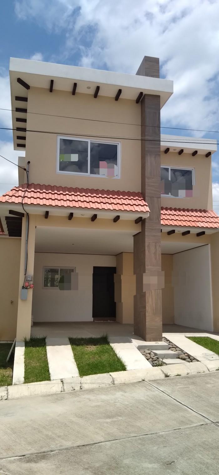 Casa en Condominio Residencial en Quetzaltenango