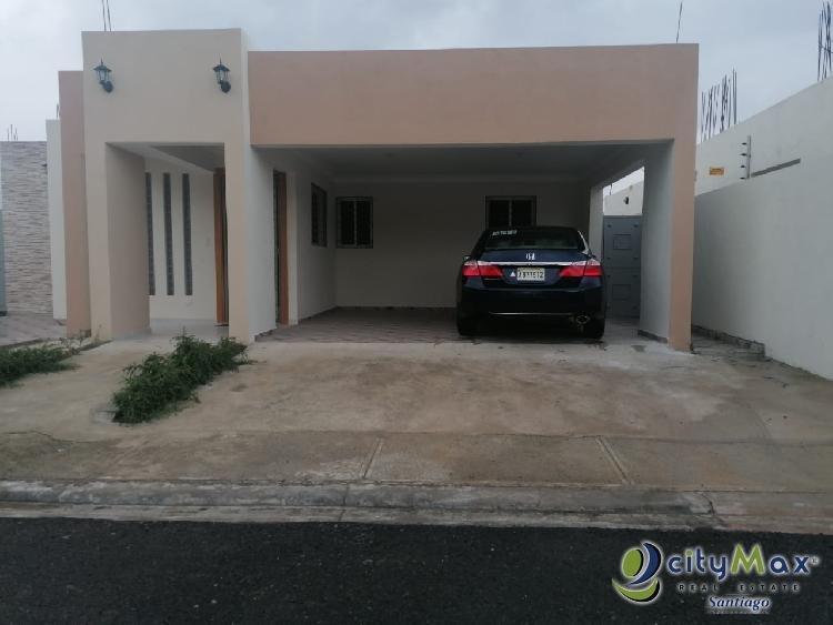 Se Vende Casa en Residencial Cerrado en Santiago RD.