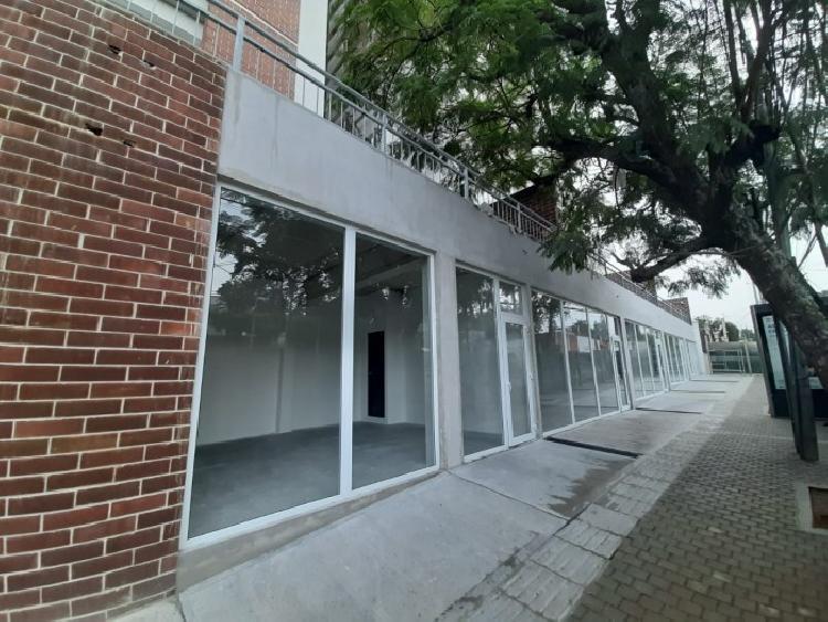 Local Comercial en renta en Edificio Apartamentos Z. 7