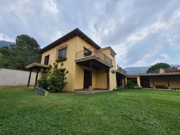 CityMax Vende y Renta casa de lujo cerca de Antigua