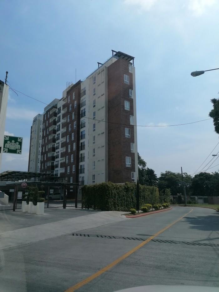 Venta de apartamento en Vistas de las Charcas zona 11