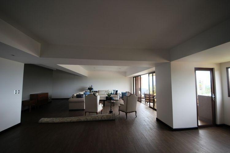 Apartamento amplio en venta en zona 15 Guatemala
