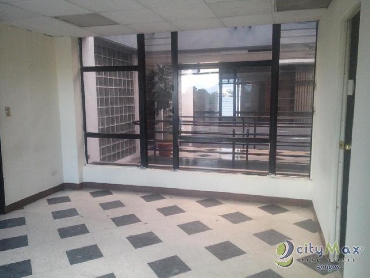 ¡Oficina en venta en edificio ubicado Z.9 Guatemala!