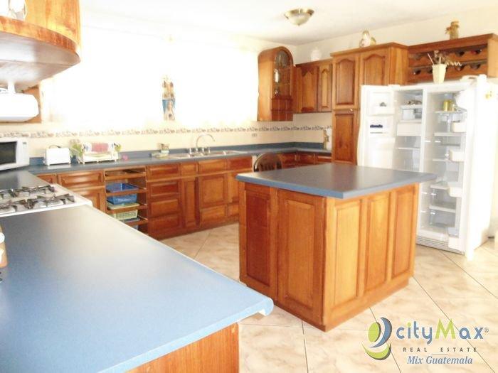 Vendo Casa con 516.00m2 en Zona 7 PVC-051-03-12