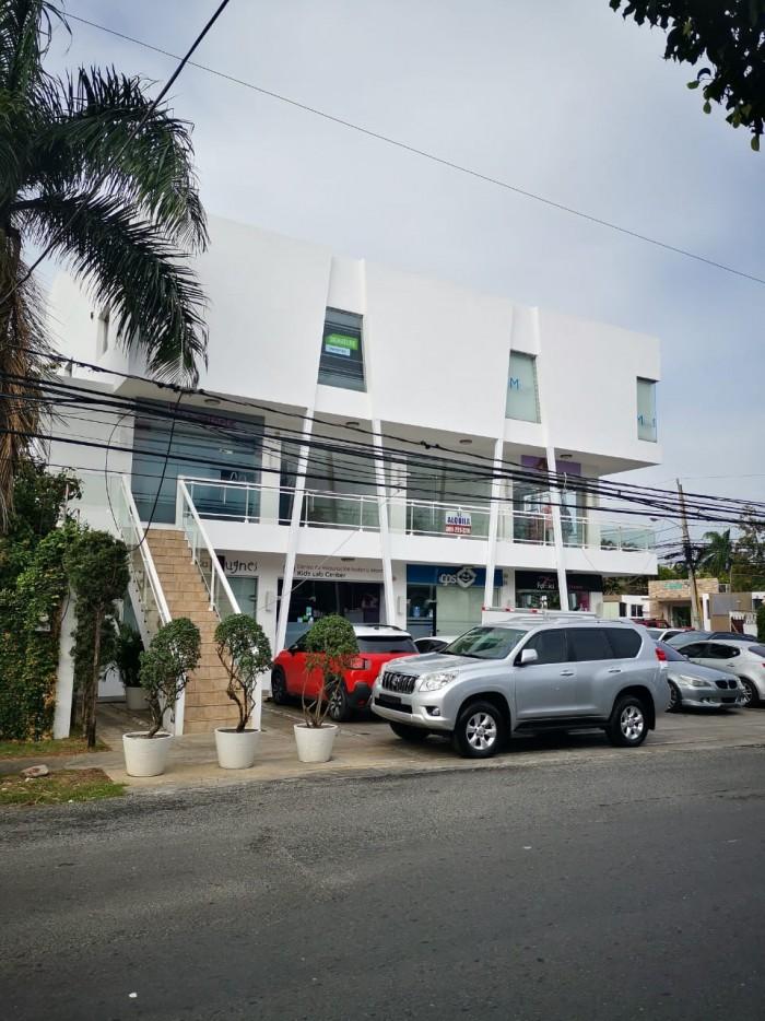 Alquilo Local Comercial en Urb Fernandez