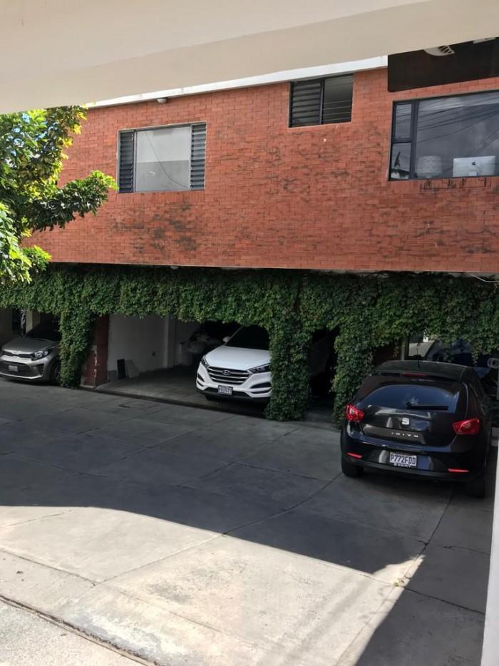Casa Grande en Venta y Renta Zona 14 La Villa