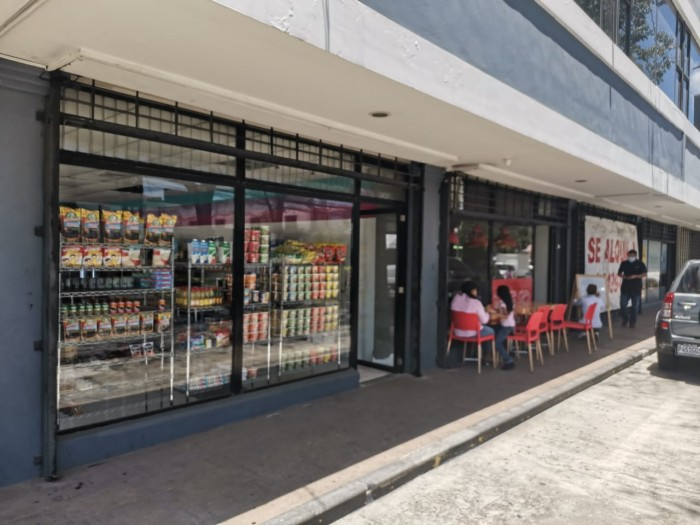 Alquilo local comercial en Edificio de zona 9