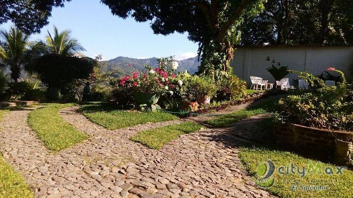 VENDO hermosa casa de CAMPO en Tacuba Ahuachapán