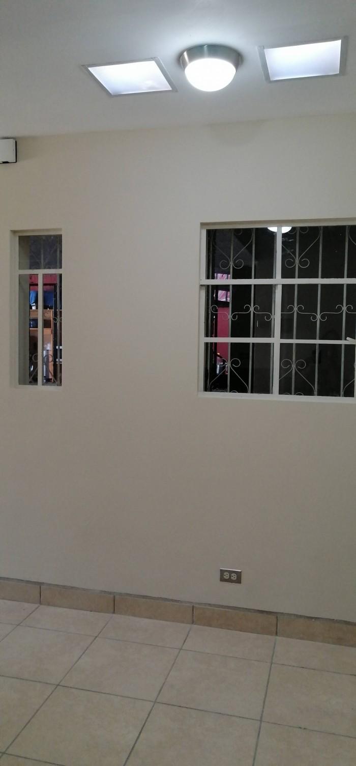 Apartamento Independiente en Renta en Zona 7 Tikal 1