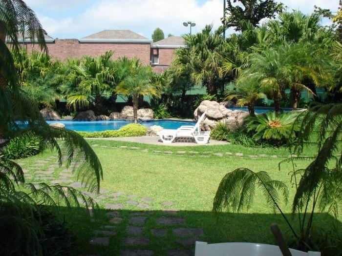 Alquiler casa exclusiva en zona 16 Cayala